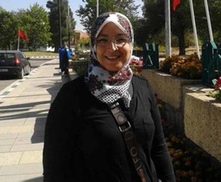للزواج مسلمة مقيمة فى لندن بريطانيا تبحث عن الستر و العفاف